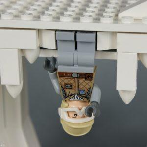 Luc Skywalker la tête en bas !!! - Lego Star Wars - Hoth Wampa Cave - Rèf Lego : 8089